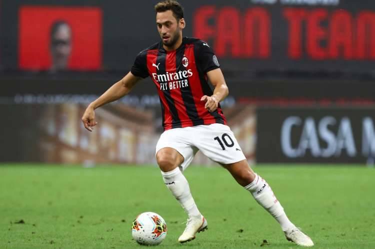 Calhanoglu agente incontro Milan