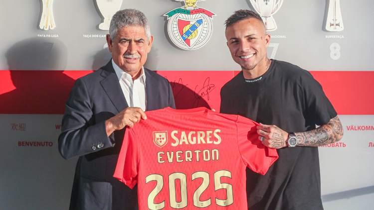 Everton Sousa Soares al Benfica