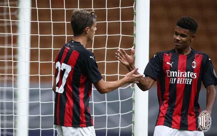 giovani Milan Maldini e Roback