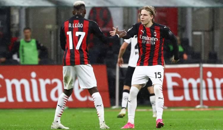 Hauge Milan pioli