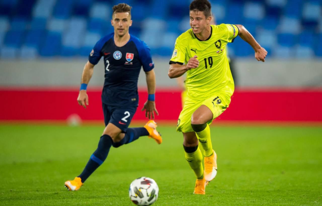 Calciomercato Milan, contatti con l'agente di Hlozek: il prezzo