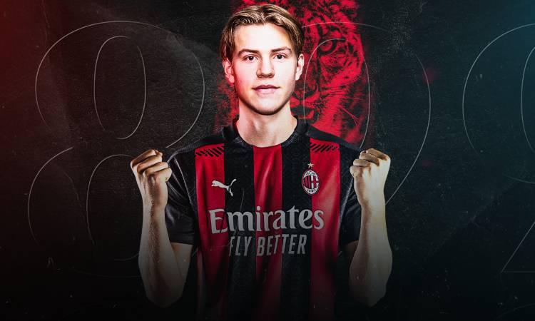 Jens Petter Hauge ufficiale Milan