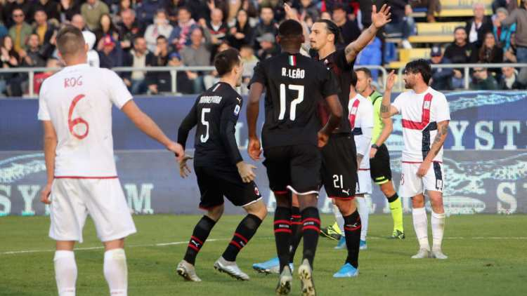 Ibrahimovic gol Cagliari Milan