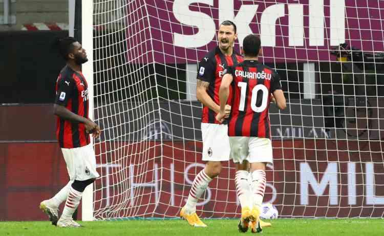 Ibrahimovic Gol Roma