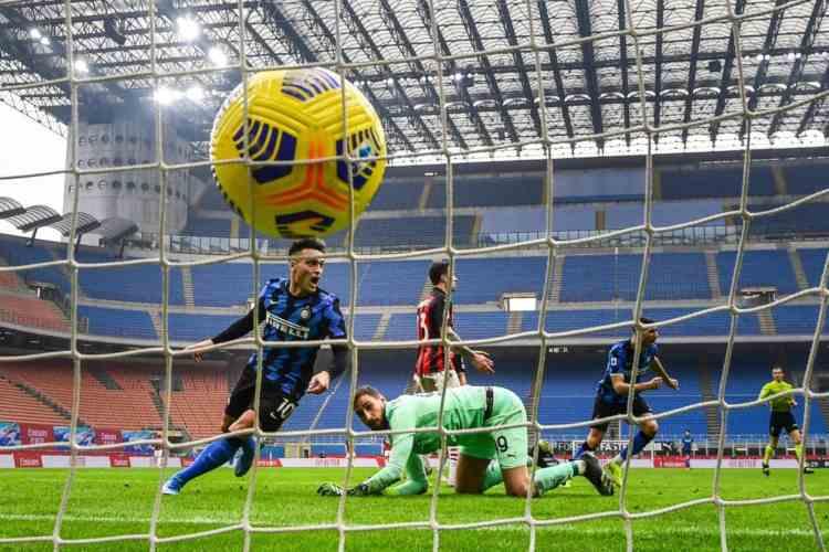 Milan tre schiaffi derby