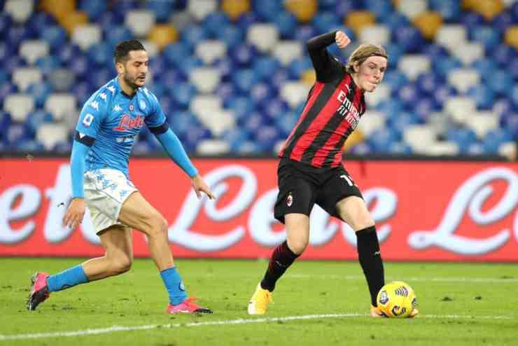 Hauge in gol in Napoli-Milan dell'andata