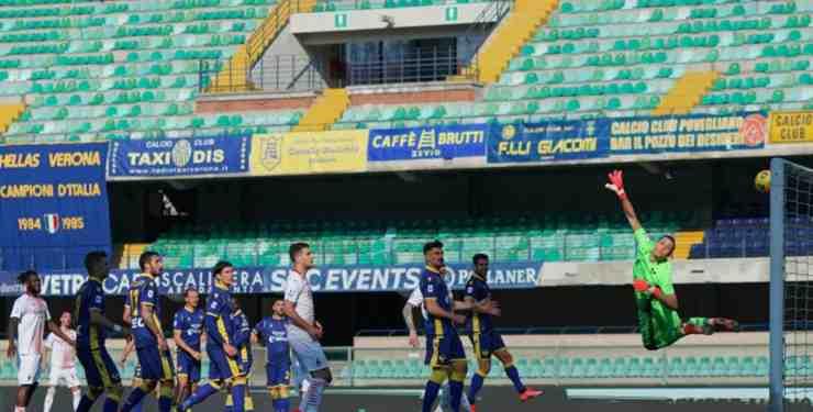 Rade Krunic in gol su punizione a Verona