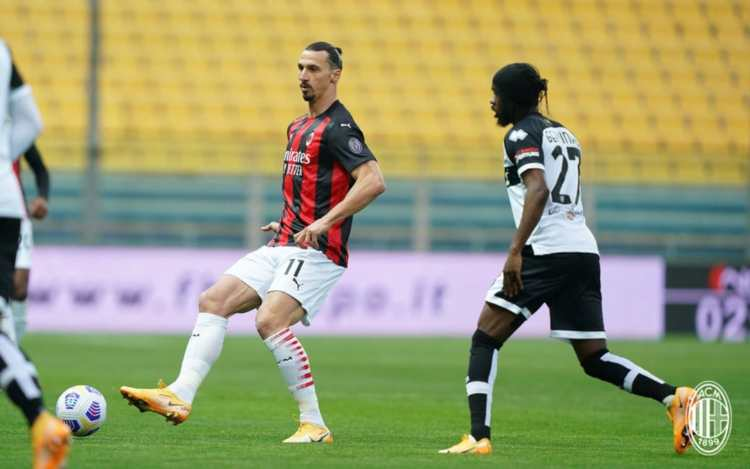 Ibrahimovic e Gervinho