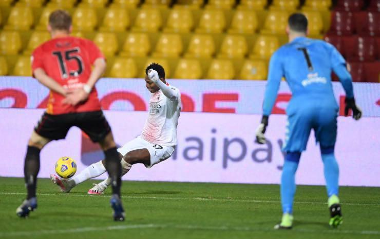 Leao gol Benevento