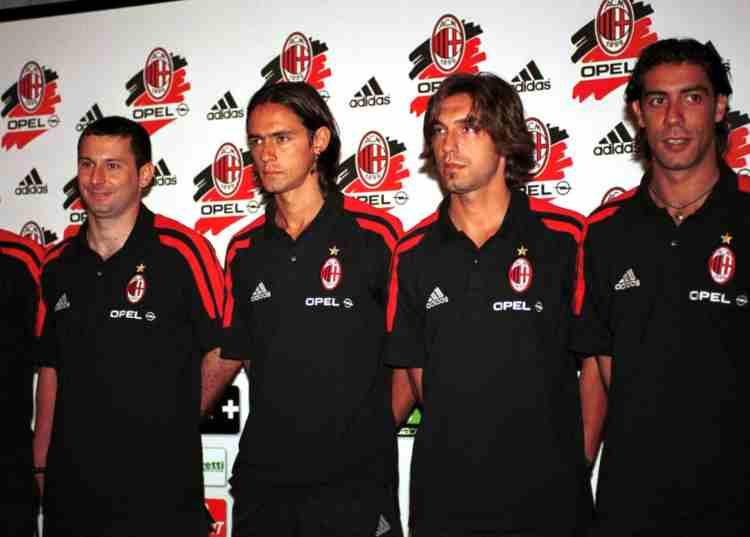 Milan presentazione 2001